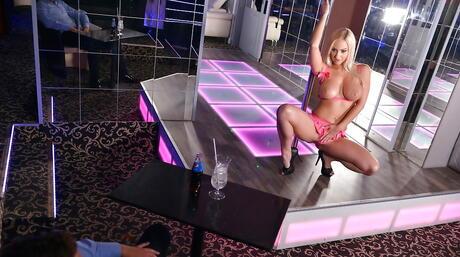 Striptease Pictures
