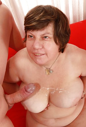 Big Granny Boobs Pictures